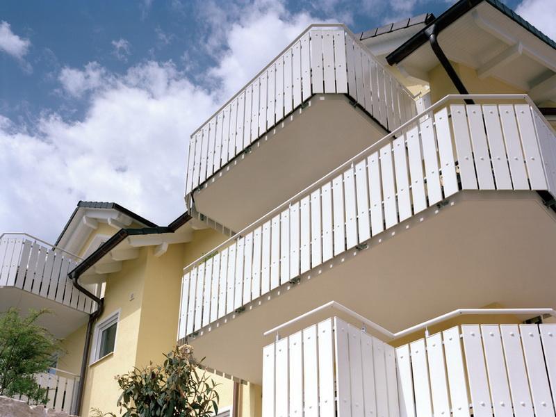 Балконные профили верзалит - это ваша защита - балконы werza.